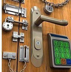Puertas más seguras por Cerrajeros Málaga